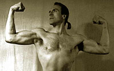 black and white old-style muscle pic