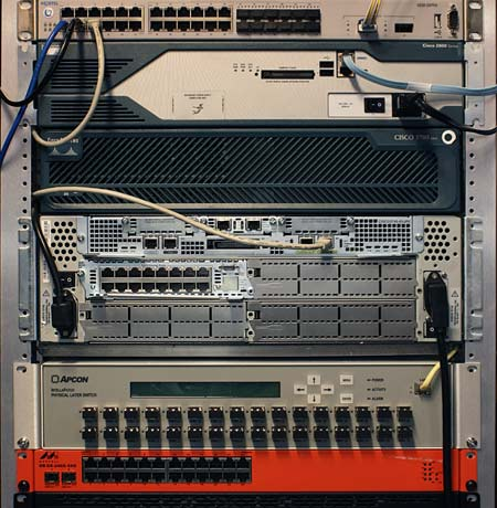 Cisco 2800 series 2851 router