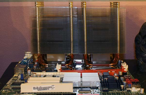 dual Intel x5570 xeon CPUs on an ASUS Z8NA-D6C 1366 Nehalem mainboard